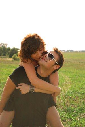 happy_couple_by_midzia