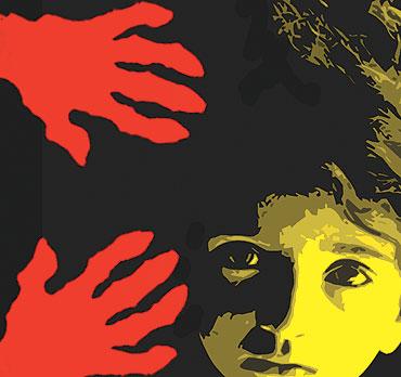 child_abuse_illus_20090803